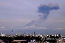 멕시코시티 인근 성층화산 분화…불타는 돌 2.5㎞ 날아가