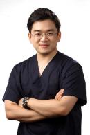 무릎관절염, 비침습적 치료 통해 관절 기능 개선 가능