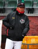 [오피셜] KT, 김강 메인 타격 코치 승격… 최만호 주루 코치 합류