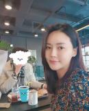 박연수, SNS 속 데이트 사진?