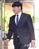 [창원 속보] '1년 징계' 강정호, 키움에 공식 복귀 요청… 구단 내부 검토 돌입
