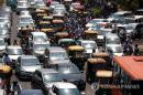 印 뉴델리·뭄바이 '코로나 직격탄'…누적 확진 6만명 넘어
