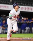 [SC시선]'월간 타율 1할대' 롯데 민병헌, 그래도 기대 버릴 수 없는 이유