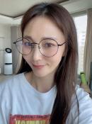 '167cm·54kg' 안혜경, 살 더 빠졌나..안경 쓰니 도드라지는 '브이 라인'