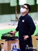 [도쿄 Live]사격 10m 공기권총 김모세 8위, 진종오는 결선행 실패…27일 메달 재도전(종합)