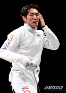 [도쿄올림픽]'할 수 있다'박상영의 눈물, 형들 빈자리-엄청난 부담감을 이겨냈다