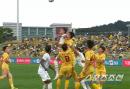 일본 J리그 팔꿈치 논란에 '시끌시끌'…K리그에서는?
