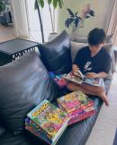 김소현 아들, 10살 되더니 책을 쌓아두고 독서...볼살 쏙 빠지고 '폭풍성장'