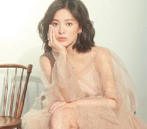 송혜교, 청초한 매력 발...