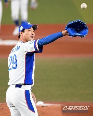 김광현, 대만 앞에서 작아지는 에이스