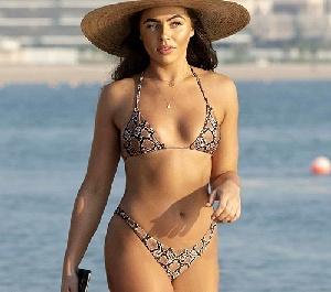 프란체스카 앨런, 섹시 매끈한 S라인 비키니 자태 시선고정