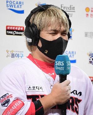 역전 결승타 김선빈, 매일 이렇게 웃고 싶어요